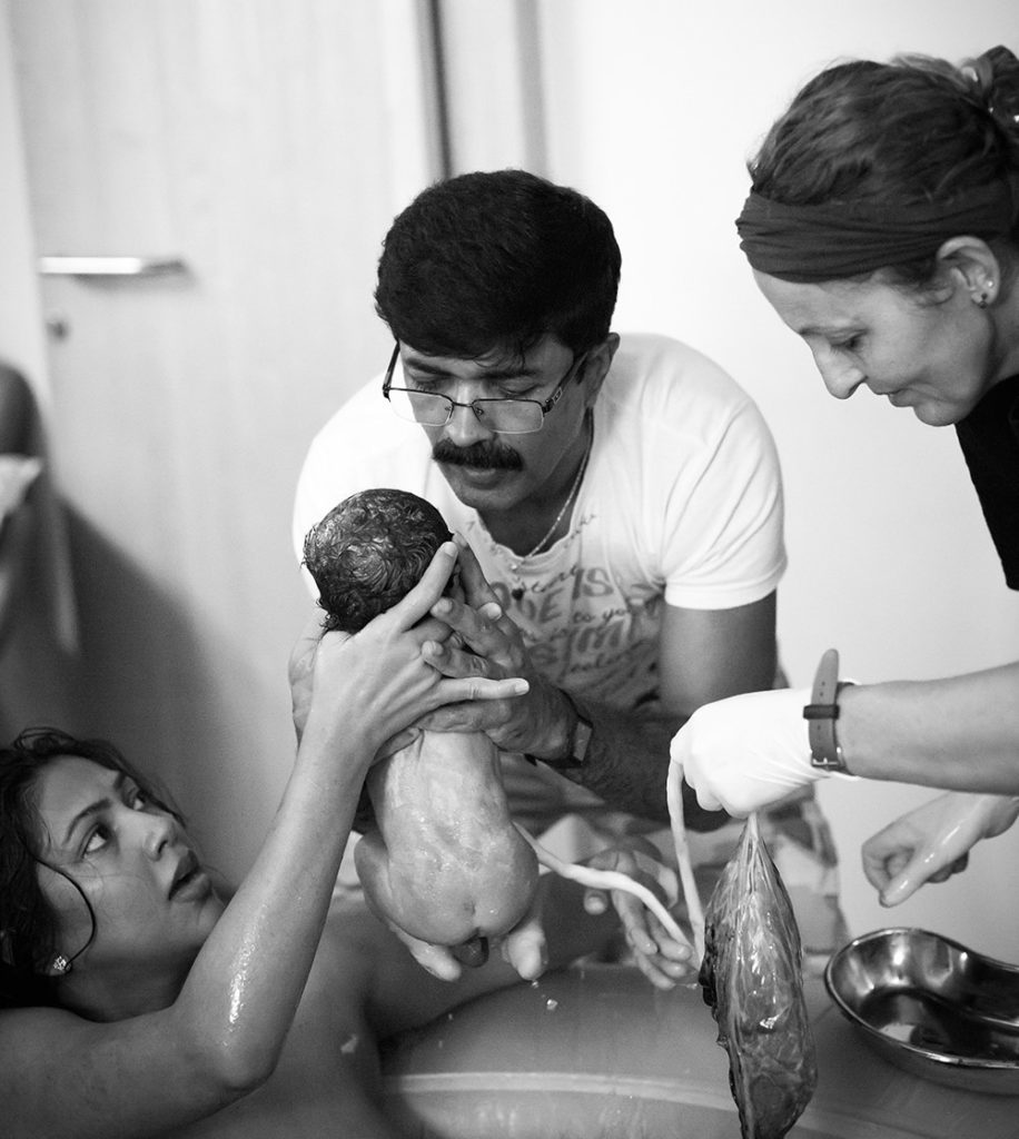 oofpictures, birth, birthindia, india, birth photographer, gentle birth